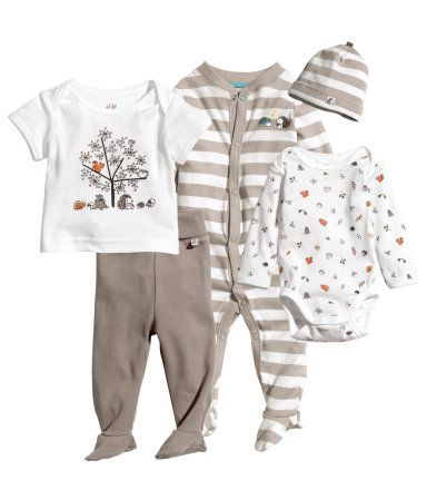 Buy the Most Comfortable Organic baby clothes for Your Baby